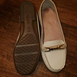 AEROSOLES penny loafers